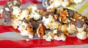 Caramel Corn Recipe with Pretzel